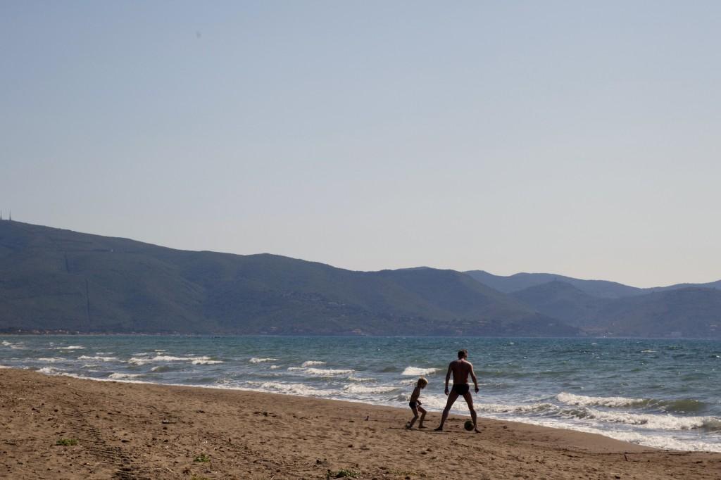 4_tuscany_beach_2012
